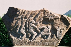 Monument-Drakkar